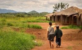 Niassa är Moçambiques mest glesbefolkade provins. Hälften av befolkningen lever i absolut fattigdom, men tack vare bistånd har fler ungdomar nu möjlighet att utbilda sig. Bild: Adam Öjdahl.